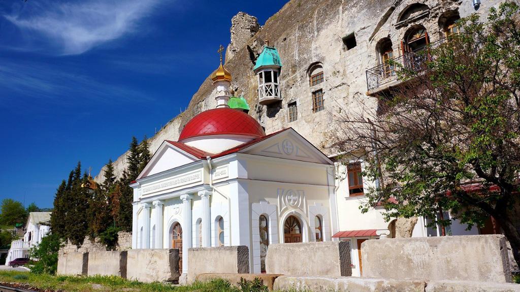 Инкерманский Свято-Климентовский пещерный монастыр