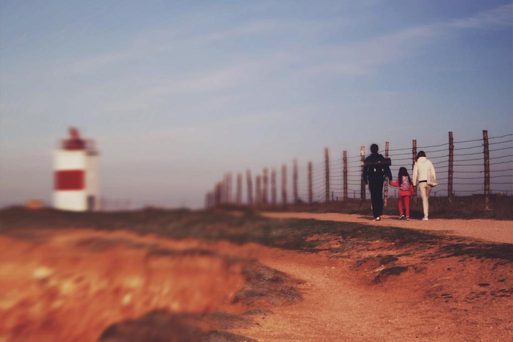Прогулки в парке Победы у маяка