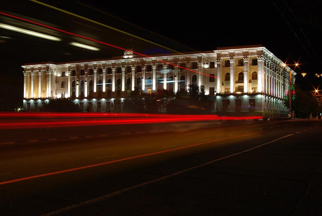 Совмин на площади Ленина