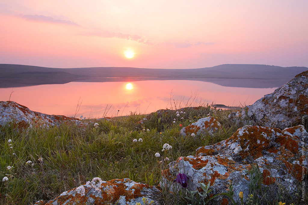 Рассвет на озере Кояшское