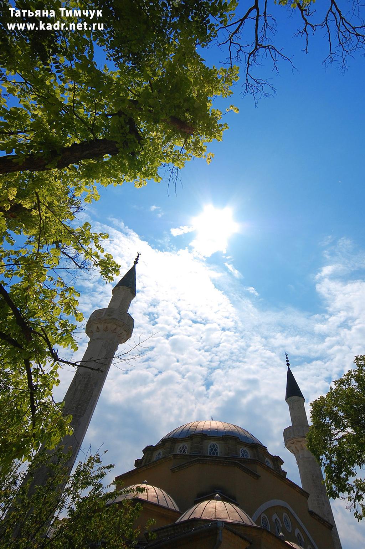 Небо над мечетью Джума-Джами
