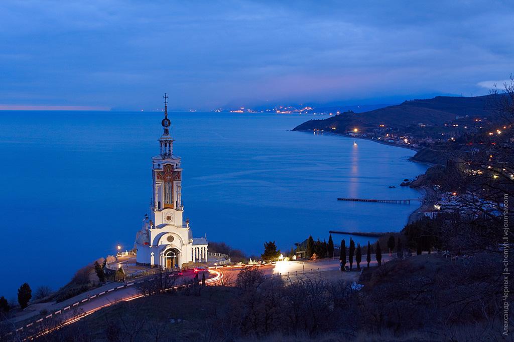 Храм-маяк Николая Мирликийского