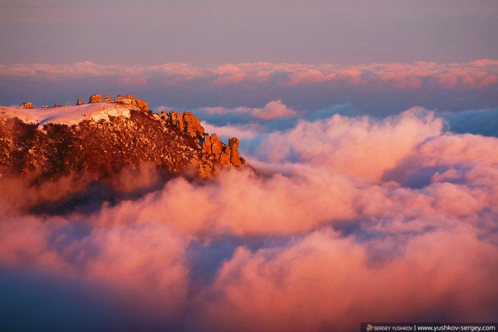 Плато горы Демерджи в лучах заката