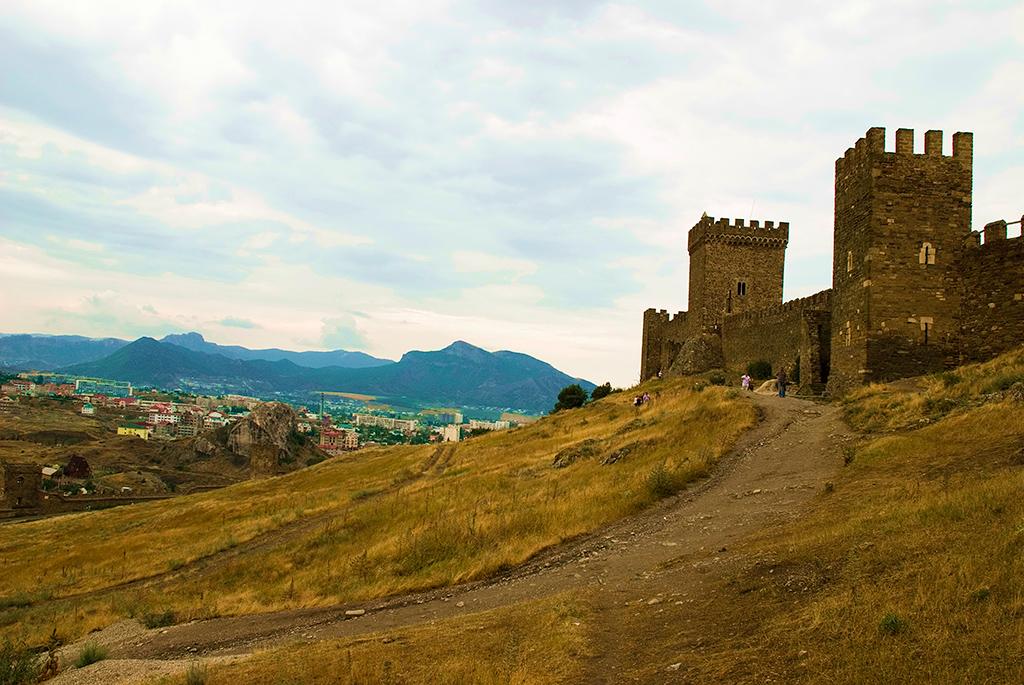 Башни Генуэзской крепости в Судаке