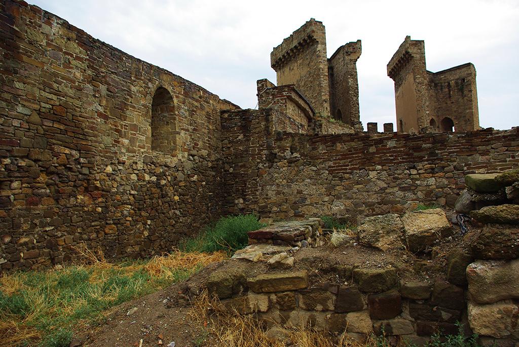 Генуэзская крепость на Крепостной горе