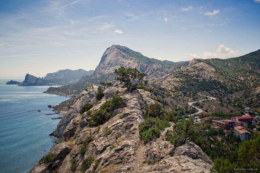 Гора у Генуэзской крепости
