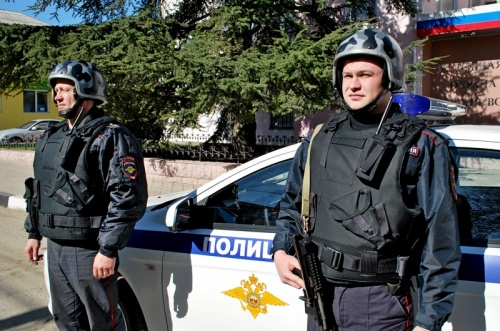 В г. Симферополе сотрудниками вневедомственной охраны Росгвардии задержан подозреваемый в хранении наркотических веществ