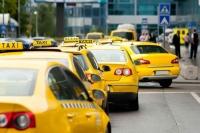 До конца года Правительство Севастополя легализует деятельность 1,5 тысяч такси