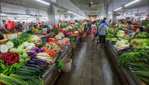 Севастопольские власти намерены создать 200 торговых мест для местных фермеров
