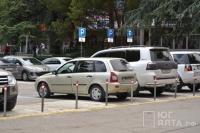 В Ялте официально действуют 52 парковки, стоимость на которых - 60 рублей в час