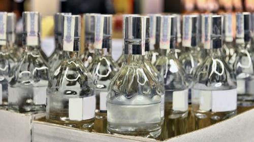 В Алуште изъяли 475 бутылок нелегального алкоголя
