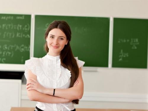 Стимулирующие школьным учителям будут начислять в Крыму по новой системе