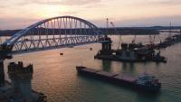 Инженеры подтвердили, что ж.-д. арка Крымского моста установлена со 100-процентной точностью