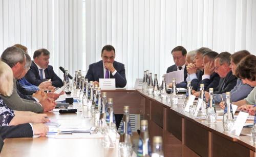 В Севастополе проходит первый семинар руководителей контрольно-счетных органов регионов РФ