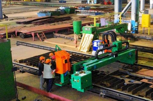 На керченском заводе «Залив» модернизируют цеховые мощности