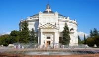 Более 300 тысяч туристов посетили Севастополь за летний сезон