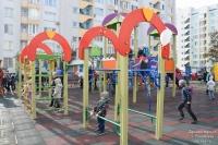 Новую детскую площадку торжественно открыли в Евпатории в эти выходные