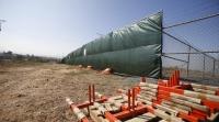 Возведение 50-километрого забора на границе Крыма и Украины завершат летом 2018 года