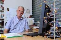Ученые обнаружили, что белок проводит электричество