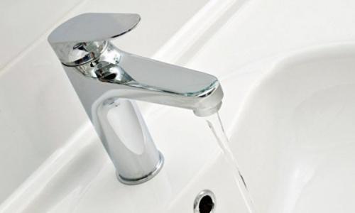 Для жителей Алушты снизили цены на водоснабжение