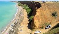 «Дикий» пляж в Немецкой балке под Севастополем под угрозой обвала