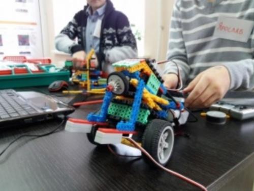 В Керчи пройдут мастер-классы клуба робототехники