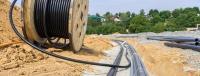 К больнице №2 в Керчи прокладывают новый кабель