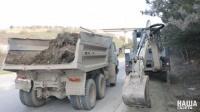 """Сотрудники """"Севавтодора"""" собрали на дорогах 570 тонн мусора с водоотводных лотков и водопропускных труб"""