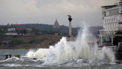 МЧС Севастополя предупреждает о штормовом ветре