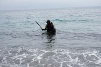 Крымские спасатели начали обследовать городские пляжи