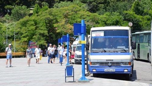В Крыму отельеры просят решить вопрос доступности автобусов на ЮБК