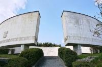 В Ялте приступили к санитарной очистке памятников и мемориалов военной эпохи