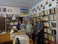 Керчане подарили Войковской школе 200 книг