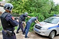 В г. Бахчисарае сотрудники вневедомственной охраны Росгвардии задержали по горячим следам подозреваемого в угоне мотоцикла