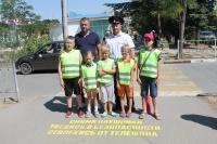 В Евпатории перед пешеходными переходами появились напоминания о мерах личной безопасности