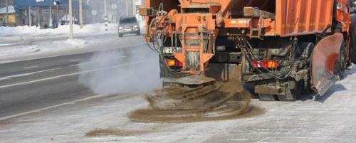 Зимой на дороги Симферополя высыпят песка на 20 млн рублей