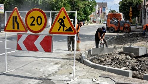 В Крыму планируется отремонтировать более 170 км дорог в этом году