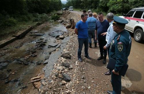 Пострадавшие от стихийного бедствия севастопольцы смогут получить из бюджета до 400 тысяч рублей