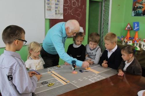 В Евпатории первоклашки изучили «Азбуку дорожного движения»