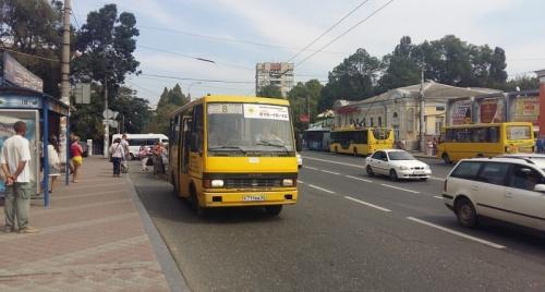 В Симферополе изменили путь следования семи маршрутов