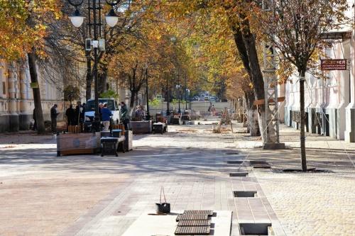 Подрядчик на 99% выполнил вторую очередь реконструкции ул. Пушкина в Симферополе