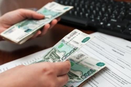 Перед работниками симферопольского предприятия погашен долг по зарплате в 1 млн рублей
