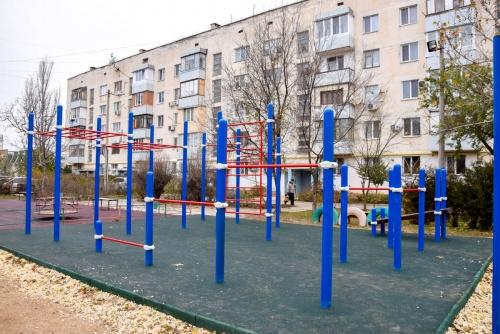 Гимнастические площадки появились в городских дворах Евпатории