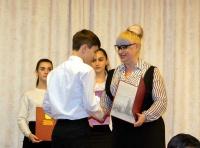 Перед Новым годом одаренные школьники Симферополя получили по 10 тысяч рублей