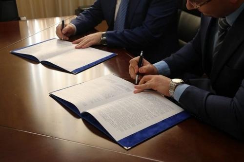 Республика Крым подписала межпарламентское соглашение с ДНР и ЛНР