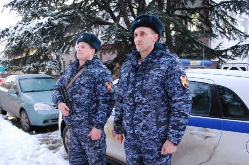 В Симферополе сотрудники Росгвардии задержали подозреваемых в краже