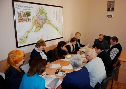 Девять евпаторийцев номинировали на Дувановскую премию