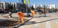 «Севавтодор» ведет работу по понижению бордюров на пешеходных переходах города