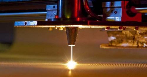 Революционная лазерная технология позволит сваривать металл со стеклом