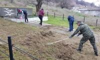 Волонтеры благоустроили еще одну братскую могилу в Керчи